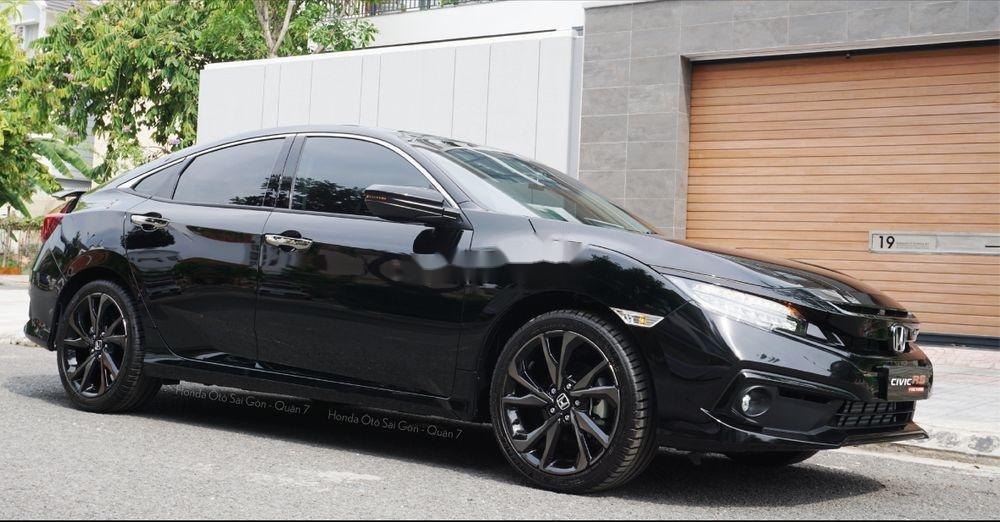 Cần bán Honda Civic đời 2019, màu đen, nhiều khuyến mại khủng (2)