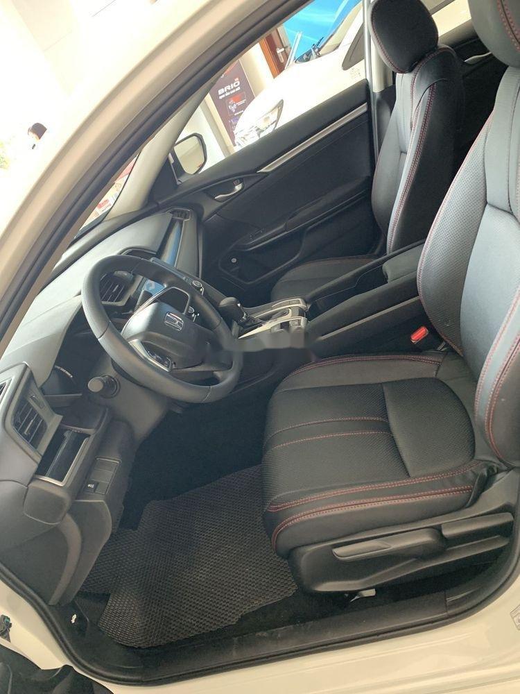 Bán Honda Civic 1.8E năm 2019, nhập khẩu, giá tốt (6)