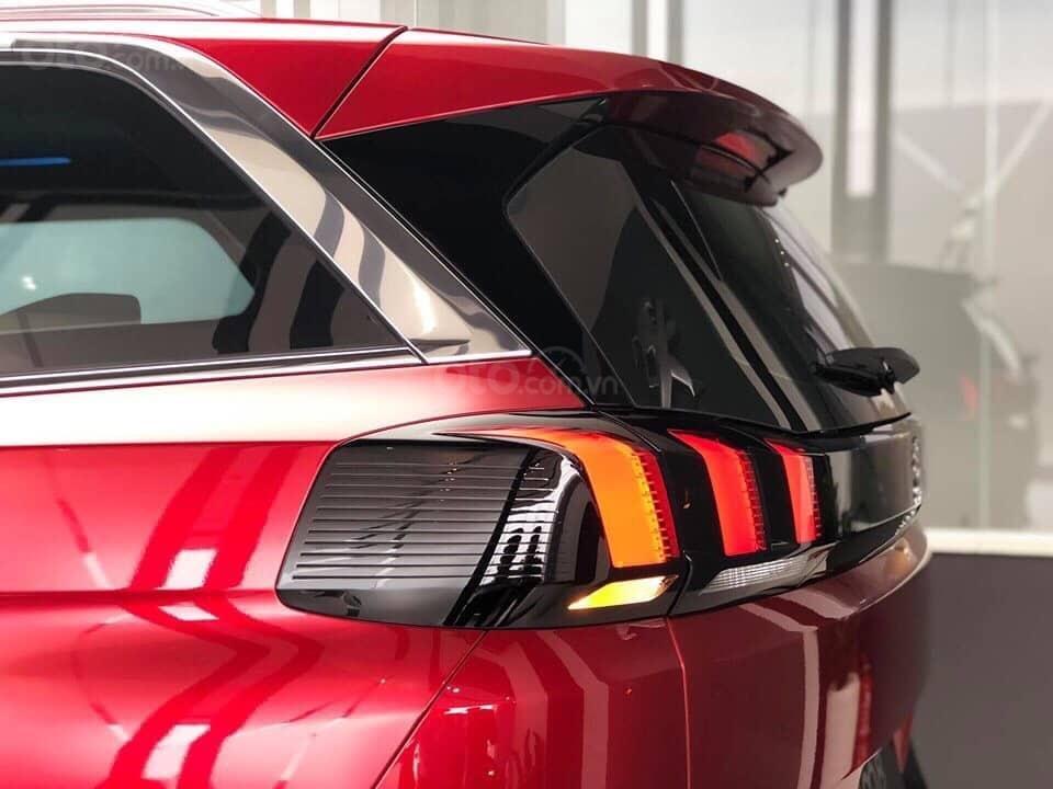 Bán Peugeot 5008 đỏ 2019 chính hãng - sẵn xe giao ngay (2)