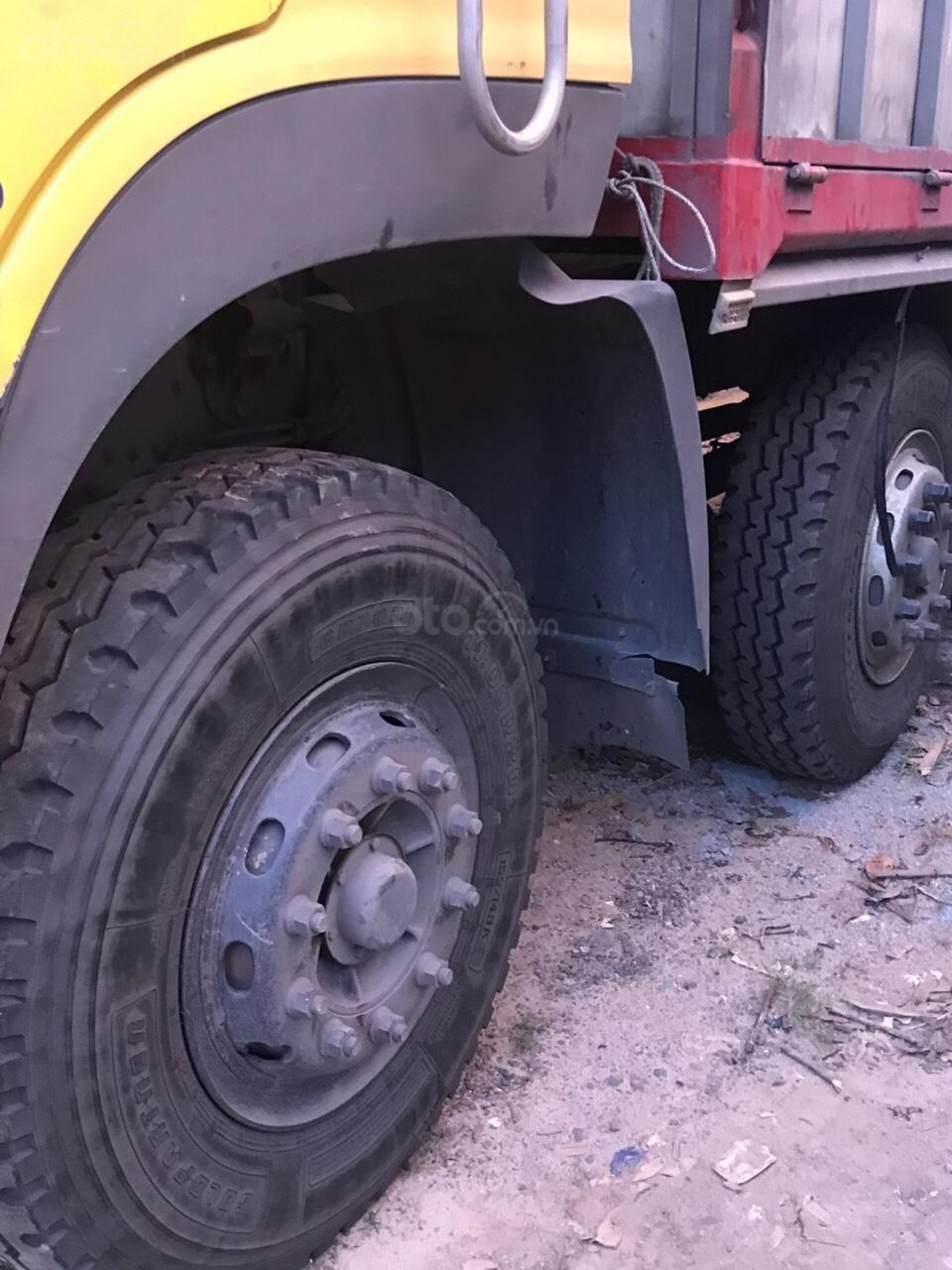 Bán xe tải Hoàng Huy 4 chân đã qua sử dụng đời 2015, lốp mới cả giàn (2)
