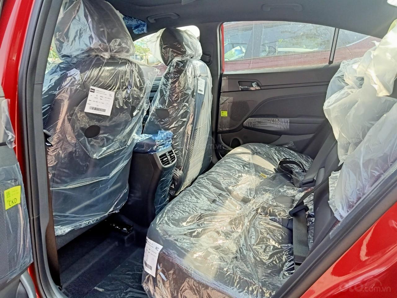 Hyundai Elantra 1.6AT Sport đỏ+ Sale sốc KM 40 triệu+ xe giao ngay (8)