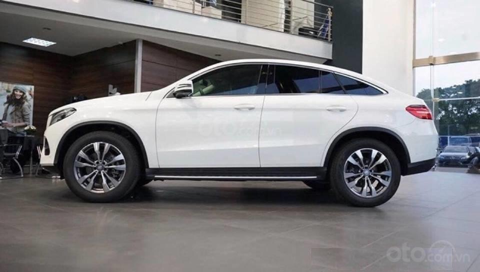 Siêu SUV Mercedes GLE 400 Coupe, nhập khẩu Mỹ, 01 xe duy nhất giảm giá 10% trong tháng 10/2019, xe giao ngay (1)