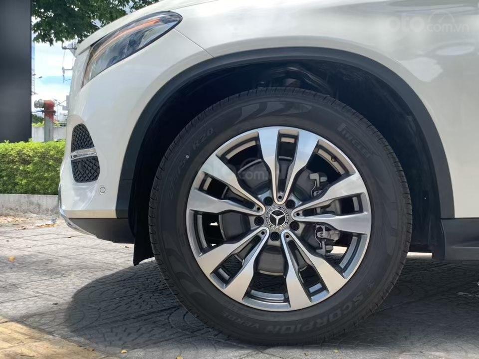 Siêu SUV Mercedes GLE 400 Coupe, nhập khẩu Mỹ, 01 xe duy nhất giảm giá 10% trong tháng 10/2019, xe giao ngay (5)