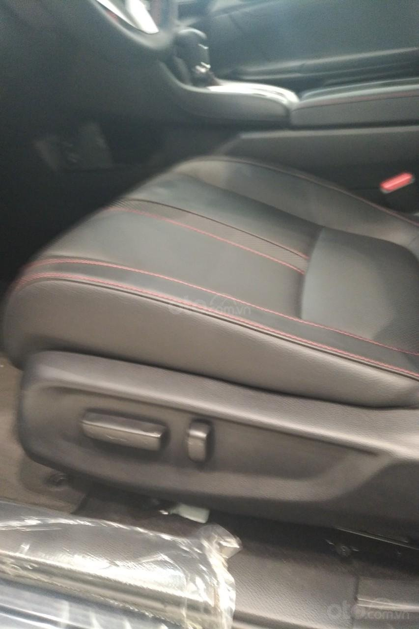 Bán Honda Civic RS 2019, thể thao nhập khẩu (14)