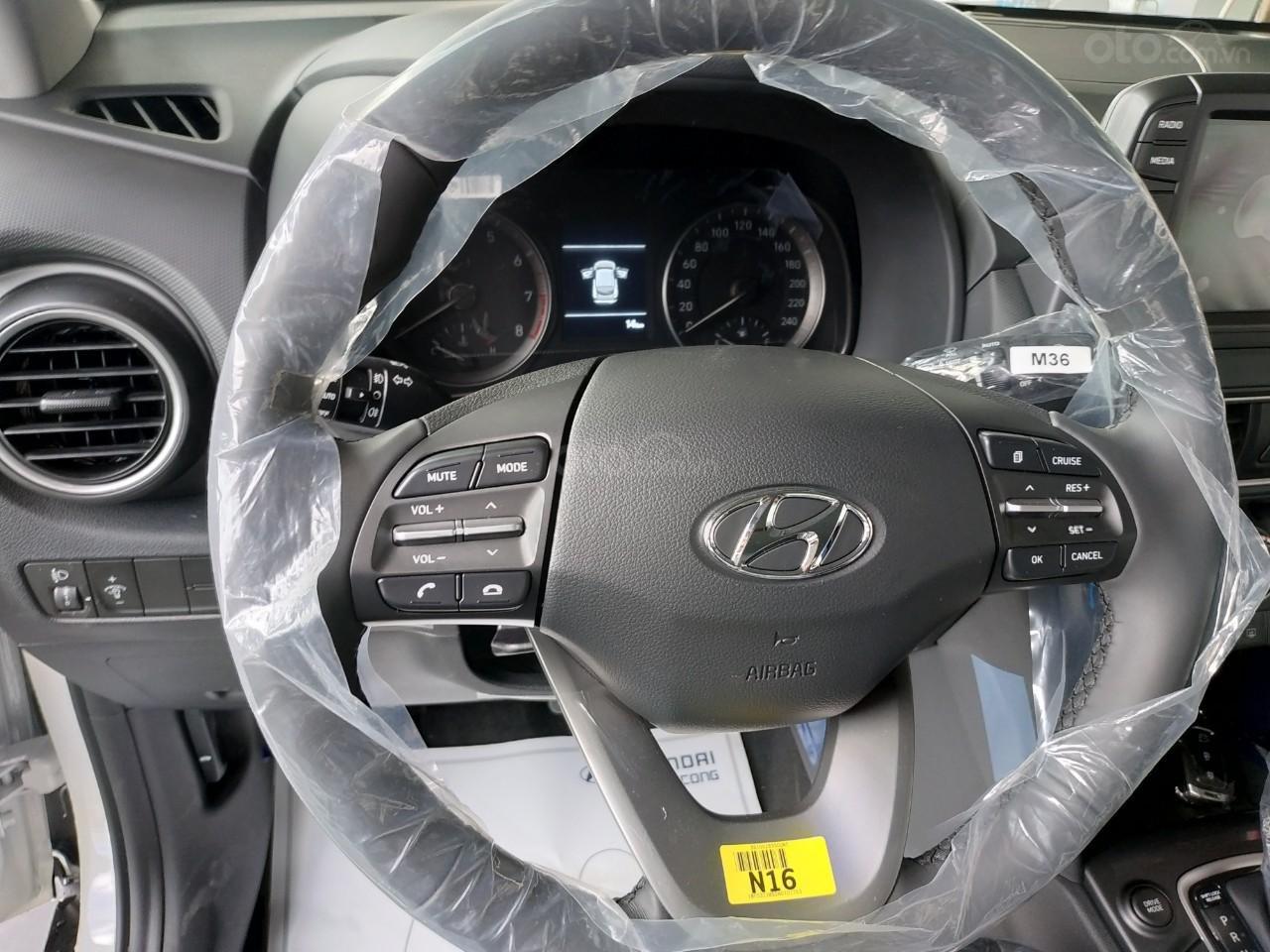 Hyundai Kona 2019 giảm tiền mặt+ Tặng bảo hiểm vật chất+ Hỗ trợ góp 90%+ Call 0930213536 (7)