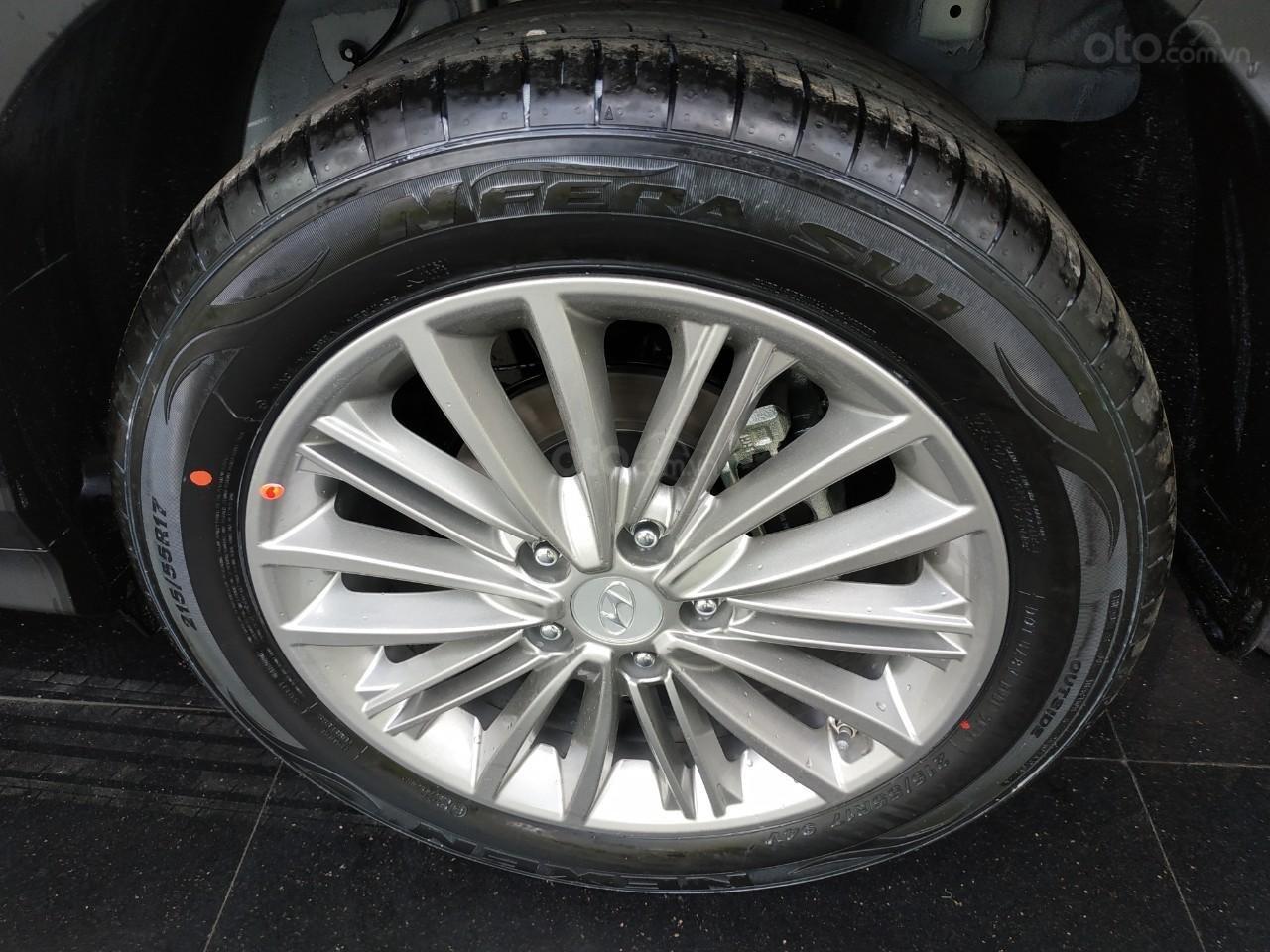 Hyundai Kona 2019 giảm tiền mặt+ Tặng bảo hiểm vật chất+ Hỗ trợ góp 90%+ Call 0930213536 (5)