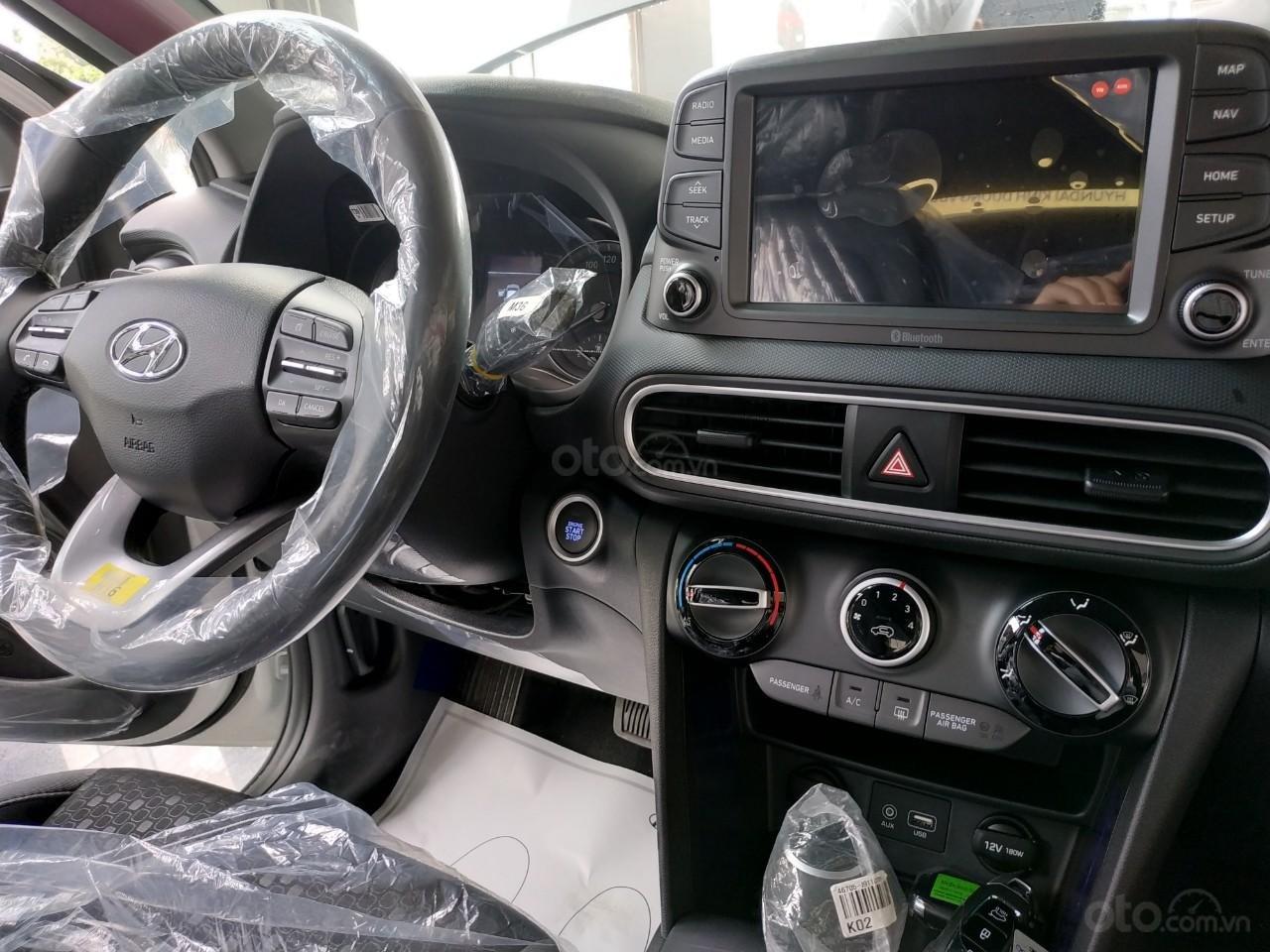 Hyundai Kona 2019 giảm tiền mặt+ Tặng bảo hiểm vật chất+ Hỗ trợ góp 90%+ Call 0930213536 (6)