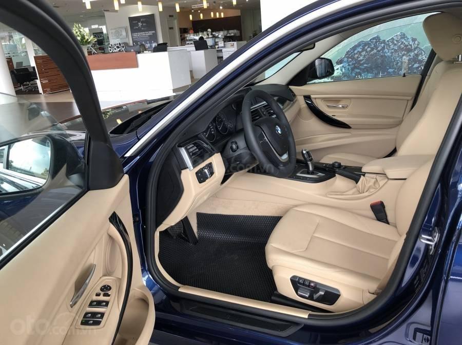 Ưu đãi 16% giá xe BMW 320i - xe có sẵn - giao xe ngay (6)