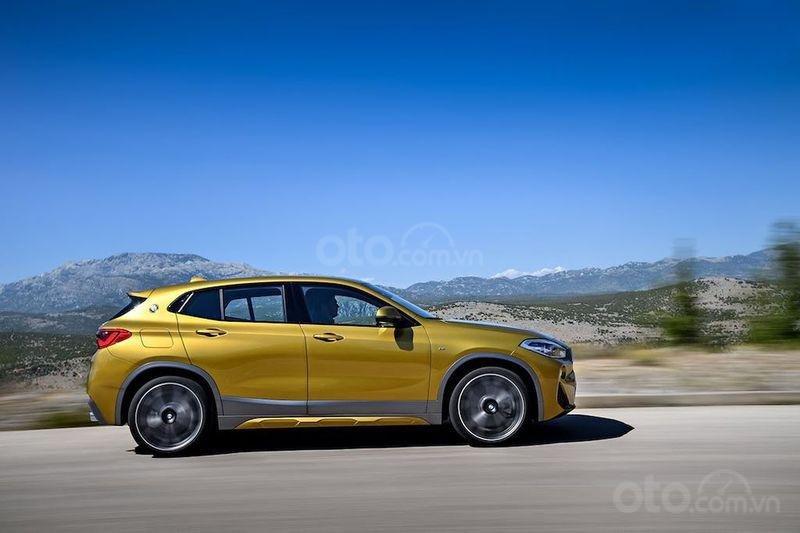 Khuyến mãi cực hấp dẫn cho dòng BMW X2 sDrive20i M Sport 2019 - LH hotline 0945 262 265 (1)