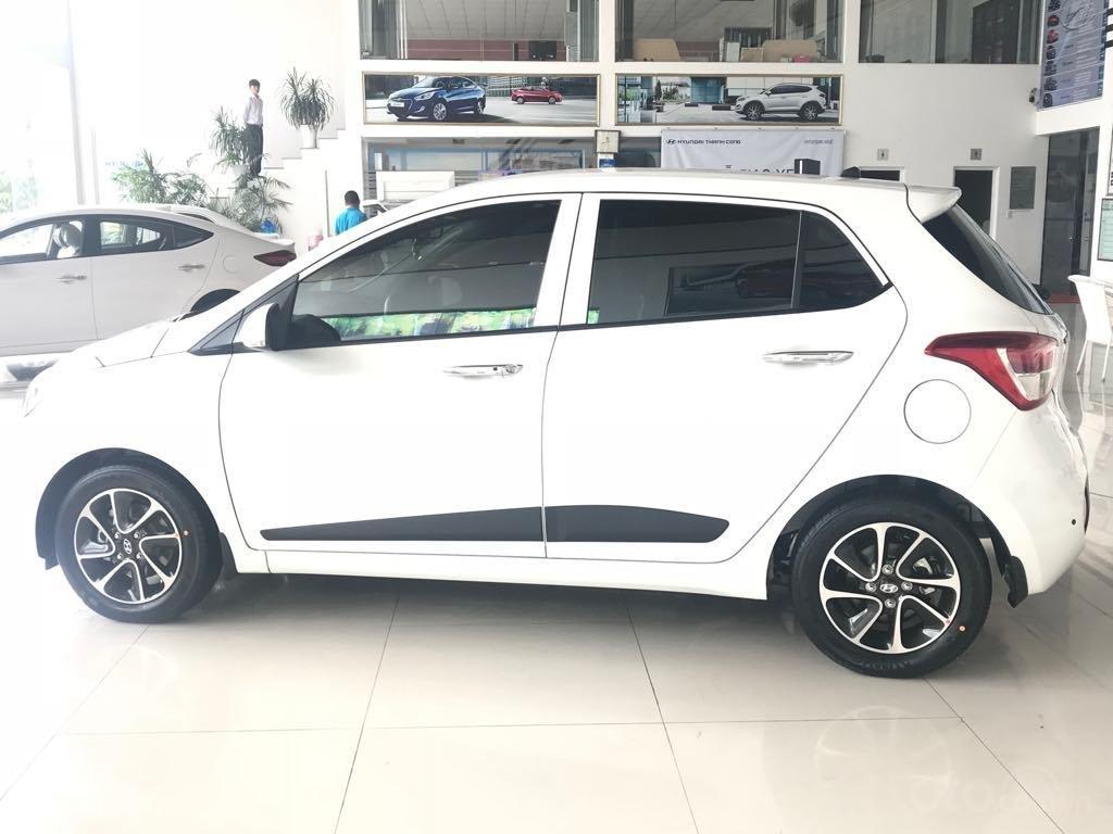 Bán Hyundai Grand i10 1.2AT, 2019, màu trắng, giao ngay- đủ màu (2)
