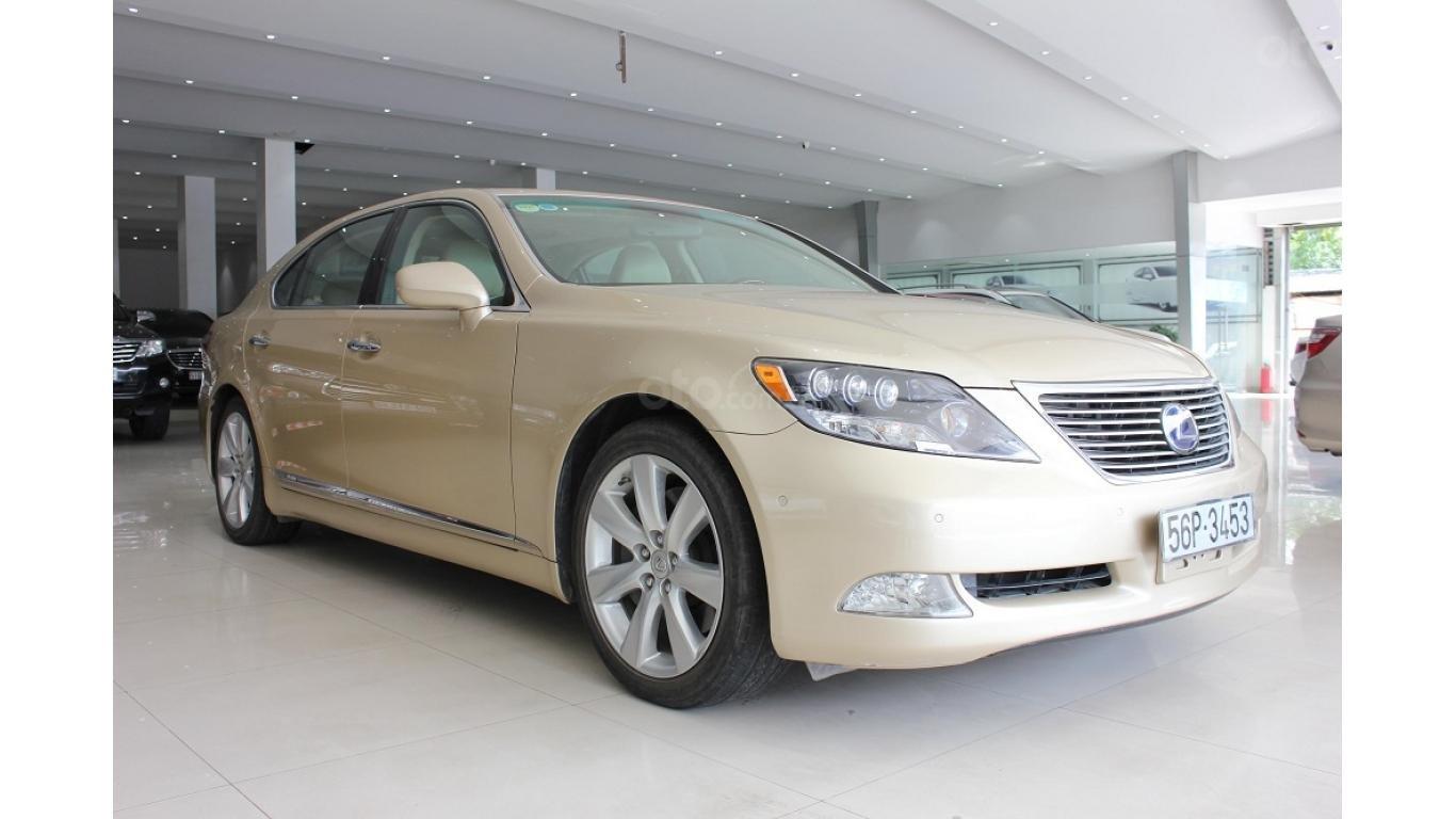 HCM: Lexus LS 600HL 5.0 AT 2010, màu vàng, xe nhập (2)