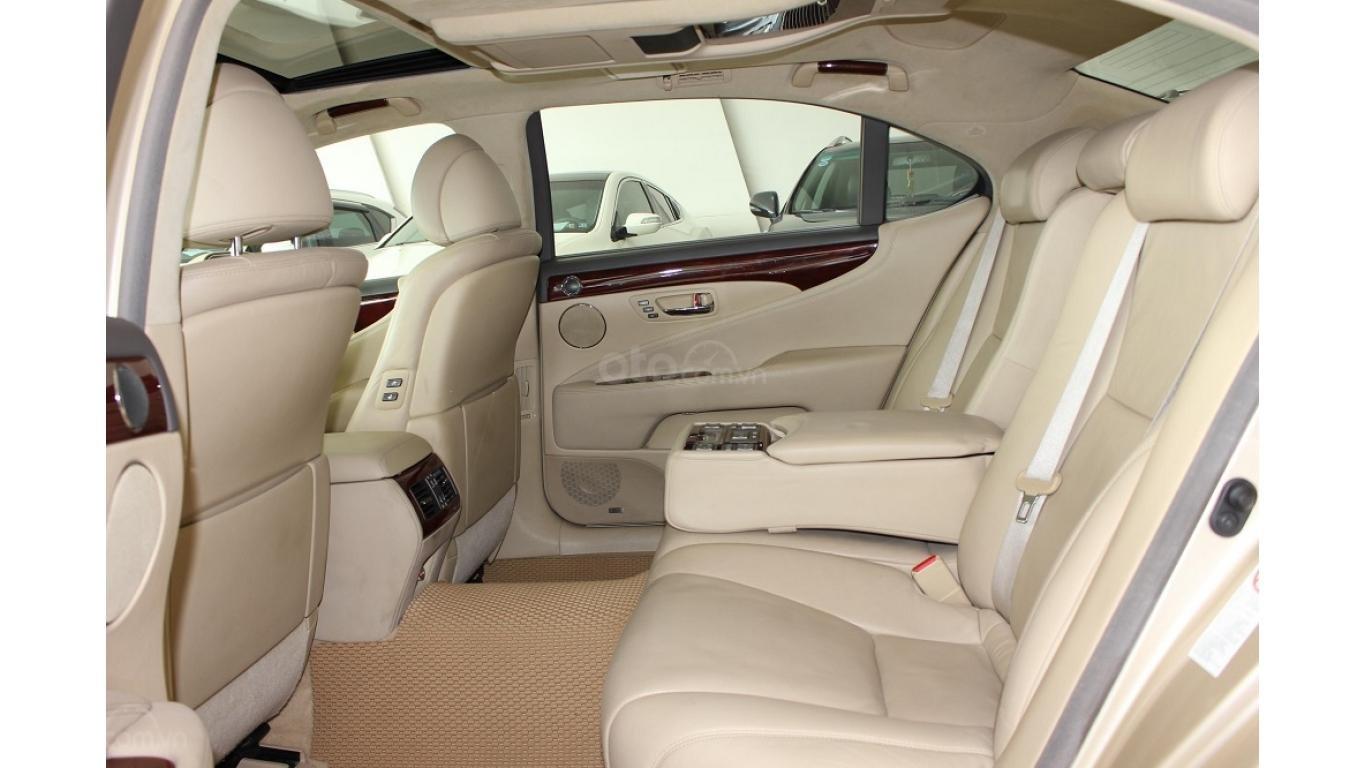 HCM: Lexus LS 600HL 5.0 AT 2010, màu vàng, xe nhập (14)