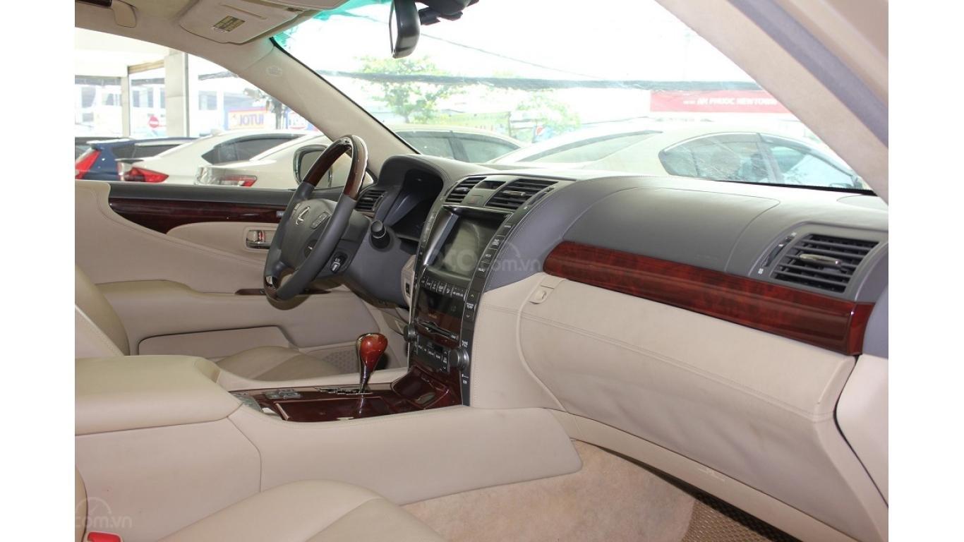 HCM: Lexus LS 600HL 5.0 AT 2010, màu vàng, xe nhập (6)