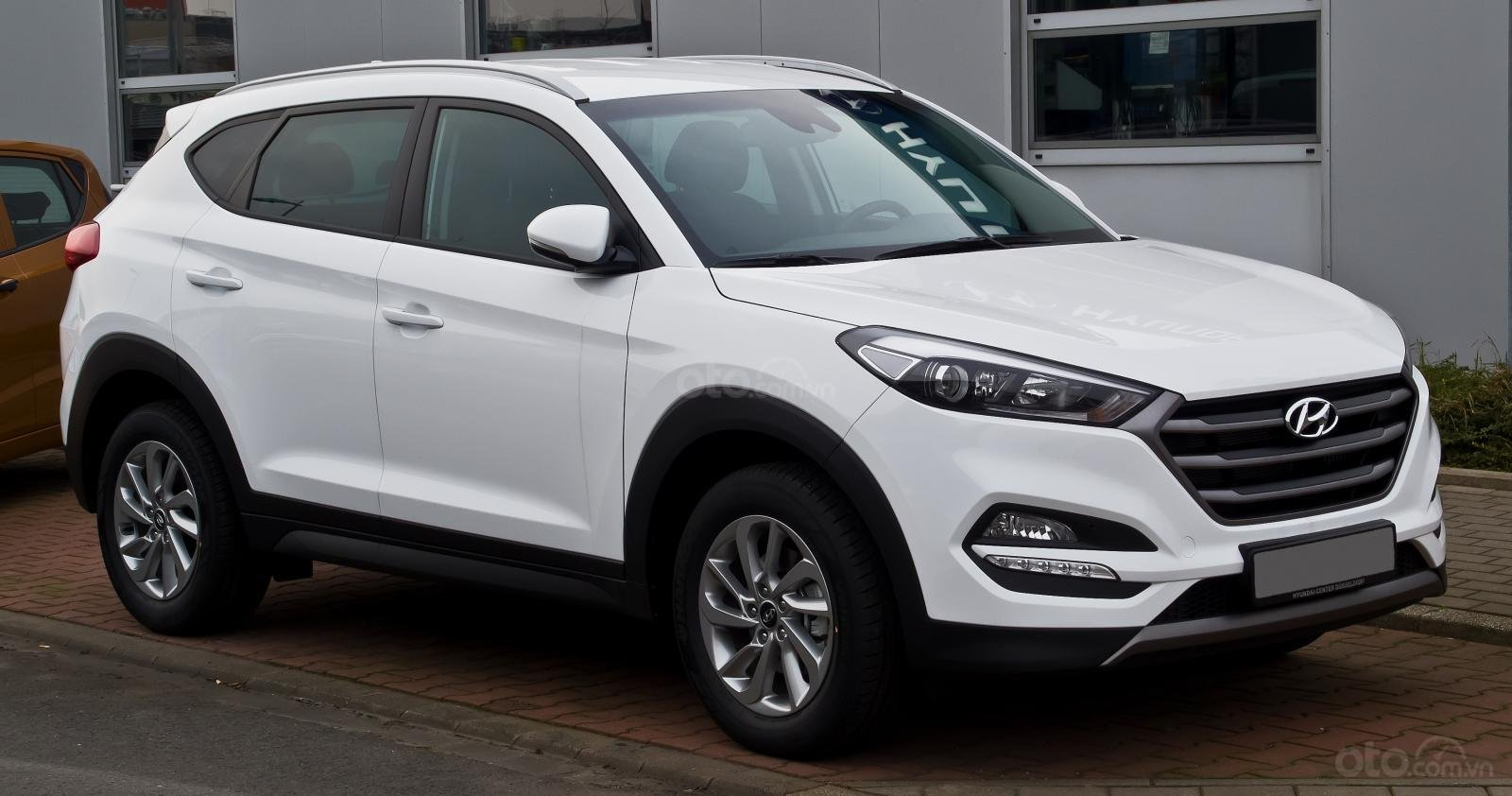 Bán Hyundai Tucson 2.0 2019, giá 782tr (1)