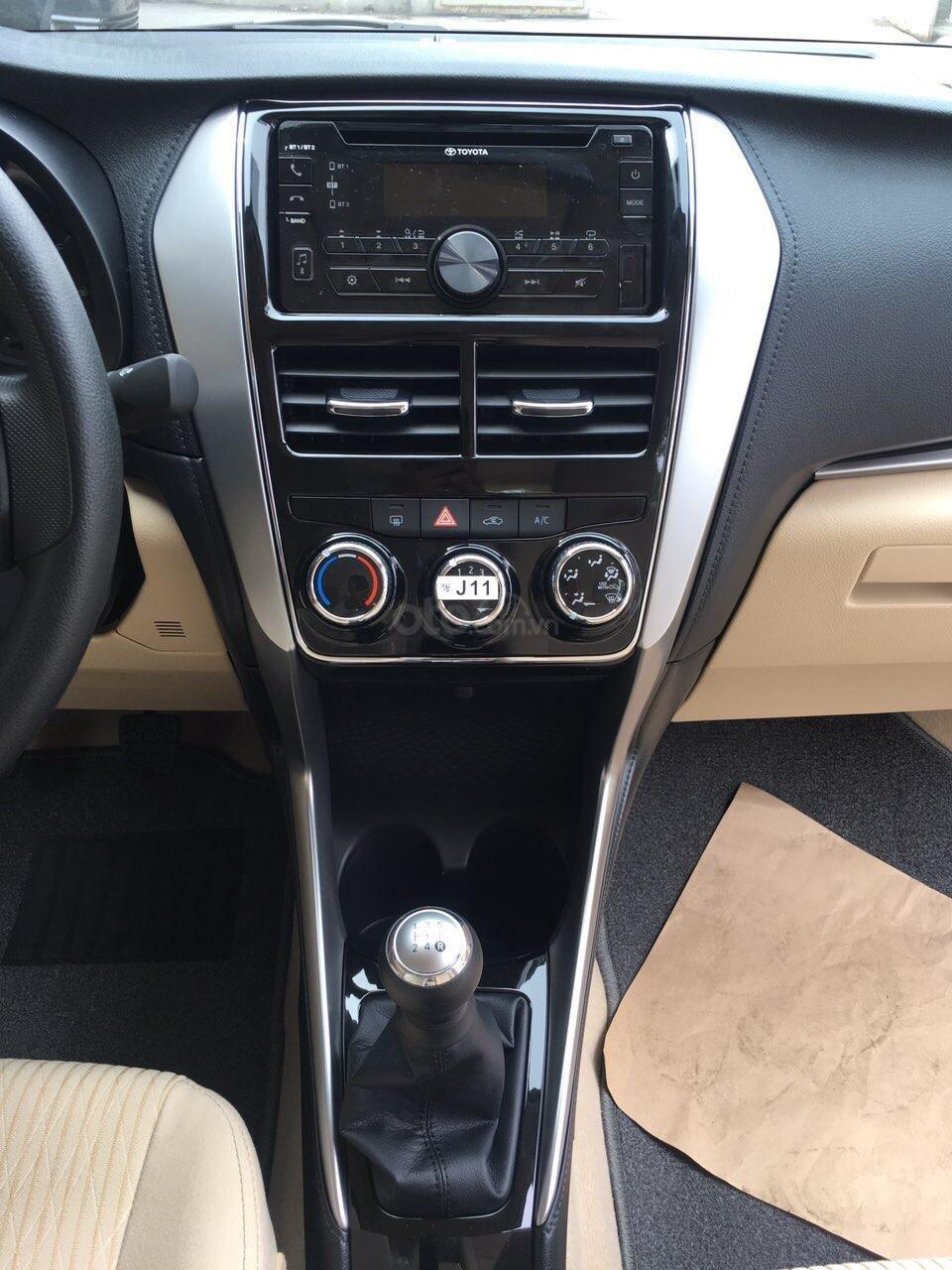 Toyota Vios số sàn, nhận xe chỉ 120Tr, giao ngay, đủ màu, giảm tiền mặt, tặng BH thân vỏ (3)