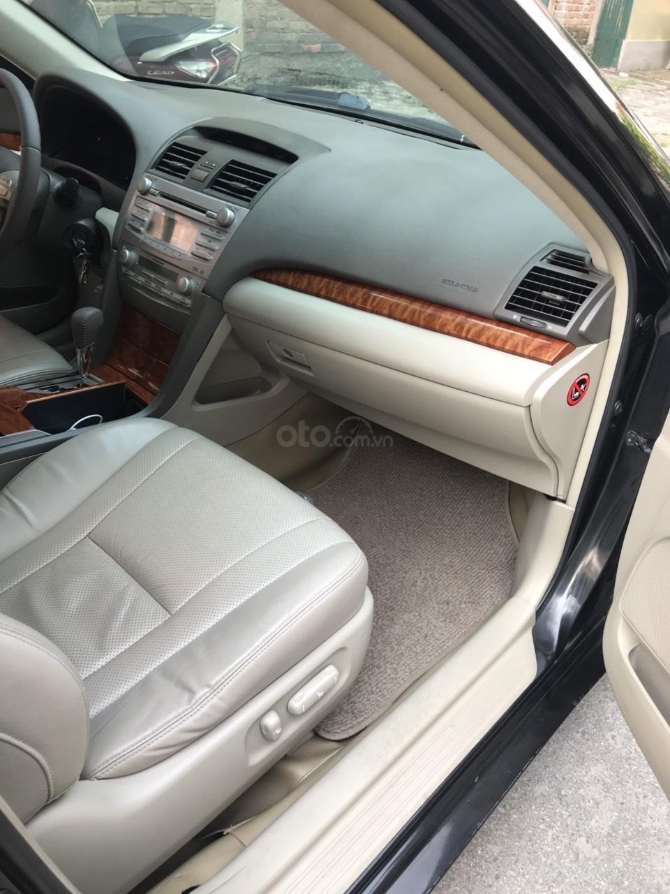 Chính chủ bán xe Camry 2.4G sản xuất và đăng ký năm 2010 (3)