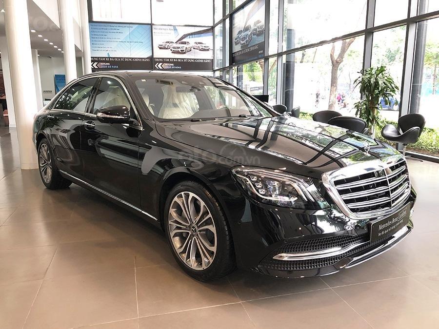 Bán Mercedes S450 Luxury 2019 chạy lướt 3000 km, màu đen, nội thất be giá cực rẻ (1)