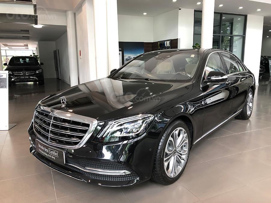 Bán Mercedes S450 Luxury 2019 chạy lướt 3000 km, màu đen, nội thất be giá cực rẻ (3)