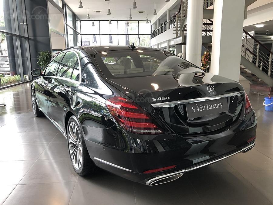 Bán Mercedes S450 Luxury 2019 chạy lướt 3000 km, màu đen, nội thất be giá cực rẻ (6)