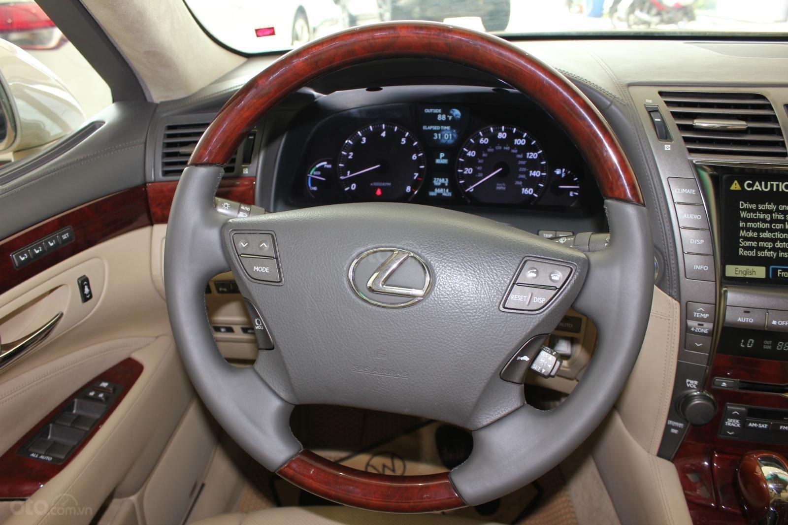 Cần bán xe Lexus LS 600HL 5.0 xăng điện 2008, màu vàng, nhập khẩu (12)