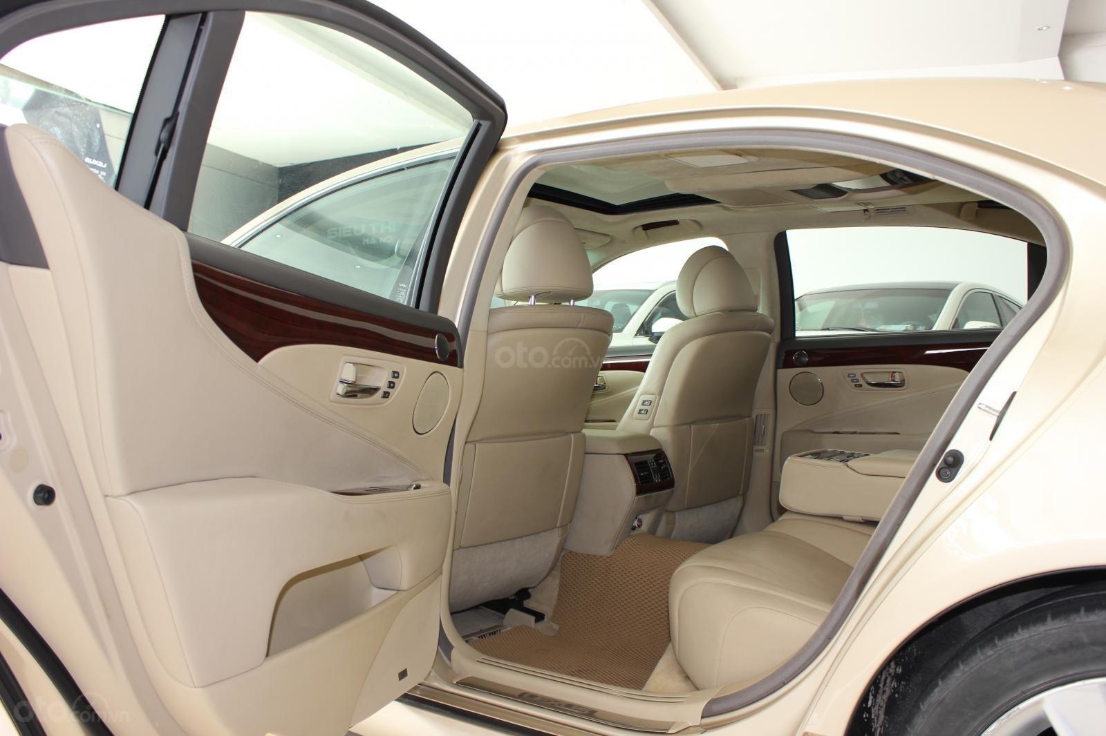 Cần bán xe Lexus LS 600HL 5.0 xăng điện 2008, màu vàng, nhập khẩu (14)