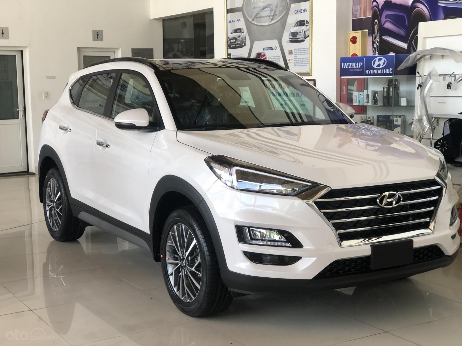 Xe Hyundai Tucson 2019, màu trắng- giao ngay- LH: 0919293553 (3)