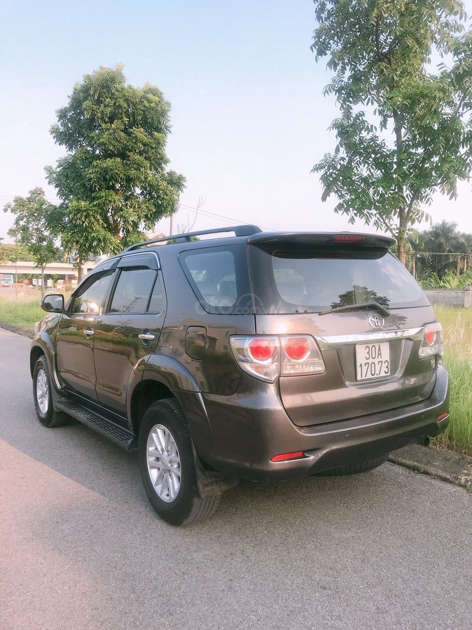 Bán Toyota Fortuner đời 2014, 1 chủ từ mới (2)