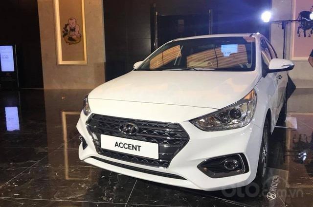 Hyundai Accent khuyến mại 10tr đồng, hỗ trợ trả góp 90%, gọi ngay phòng kinh doanh Hyundai Bắc Giang 0961637288 Mr Khải (1)