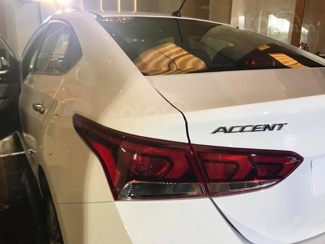 Hyundai Accent khuyến mại 10tr đồng, hỗ trợ trả góp 90%, gọi ngay phòng kinh doanh Hyundai Bắc Giang 0961637288 Mr Khải (3)