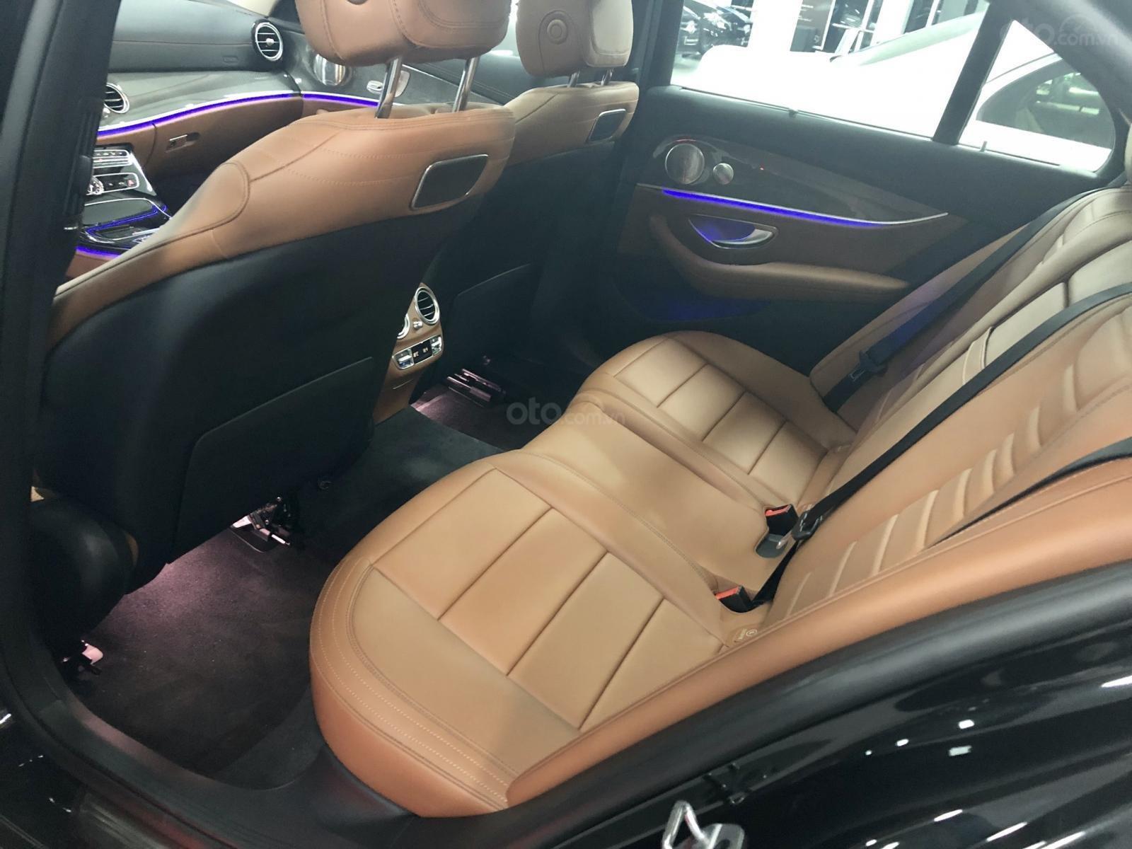 Giá xe Mercedes E300 AMG 2020, ưu đãi khủng, tặng 100% thuế trước bạ (9)