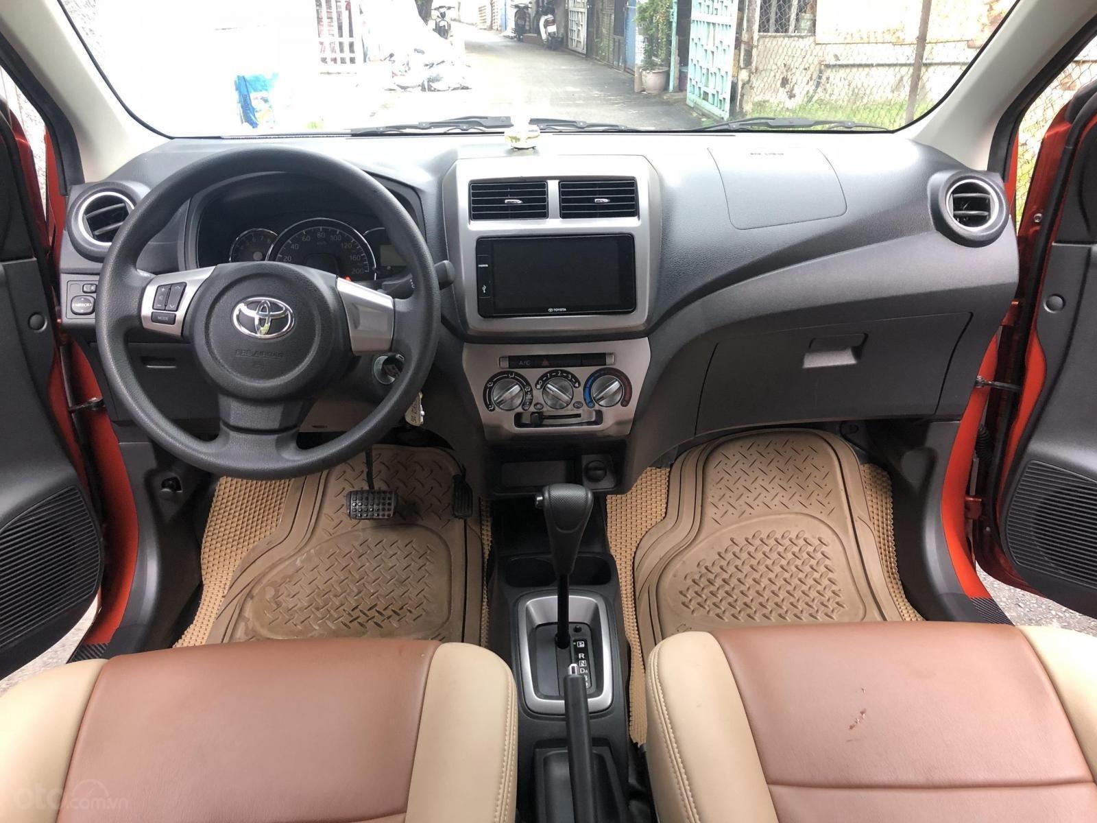 Bán Toyota Wigo tự động nhập Indo 2019, cam thể thao (4)