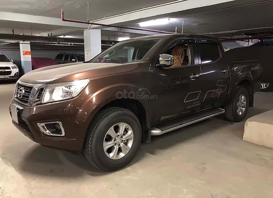 Chính chủ bán xe Nissan Navara EL 2.5 AT 2WD năm 2017, màu nâu, nhập khẩu  (1)