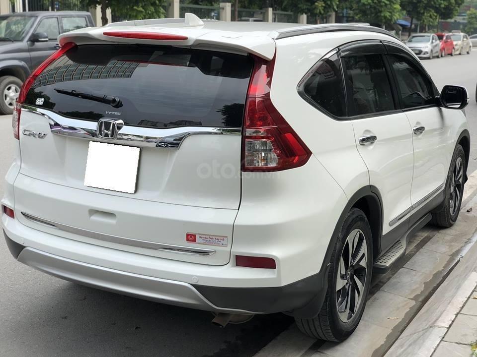 Cần bán CRV 2.4 sản xuất 2015, số tự động, màu trắng (2)