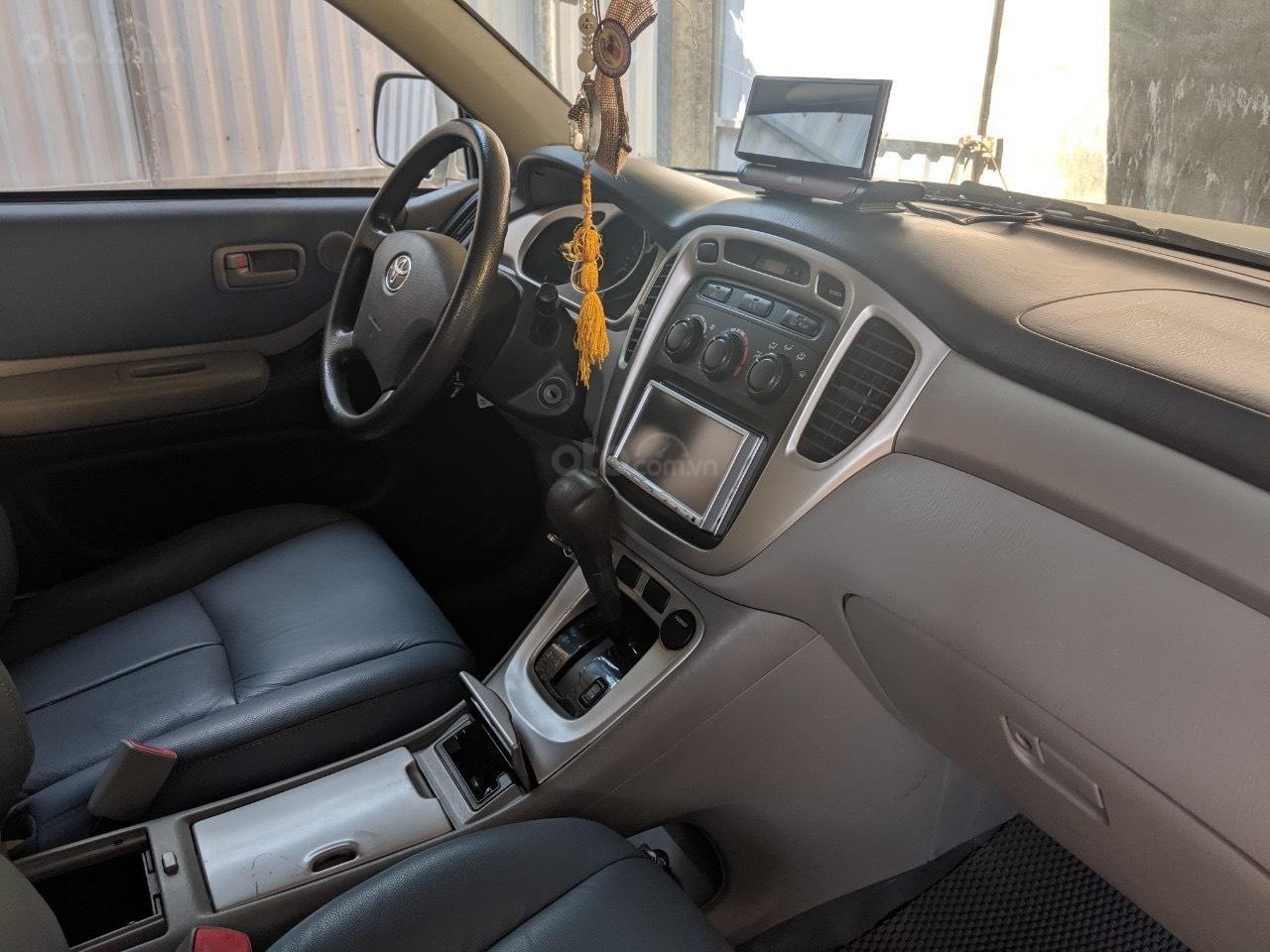 Bán Toyota Highlander 2006 3.3L V6, màu bạc, xe nhập (4)