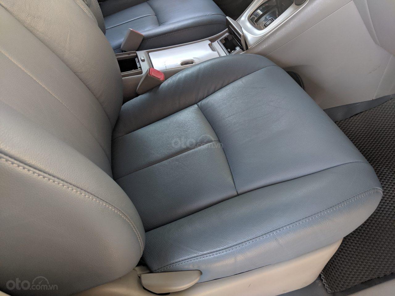 Bán Toyota Highlander 2006 3.3L V6, màu bạc, xe nhập (5)