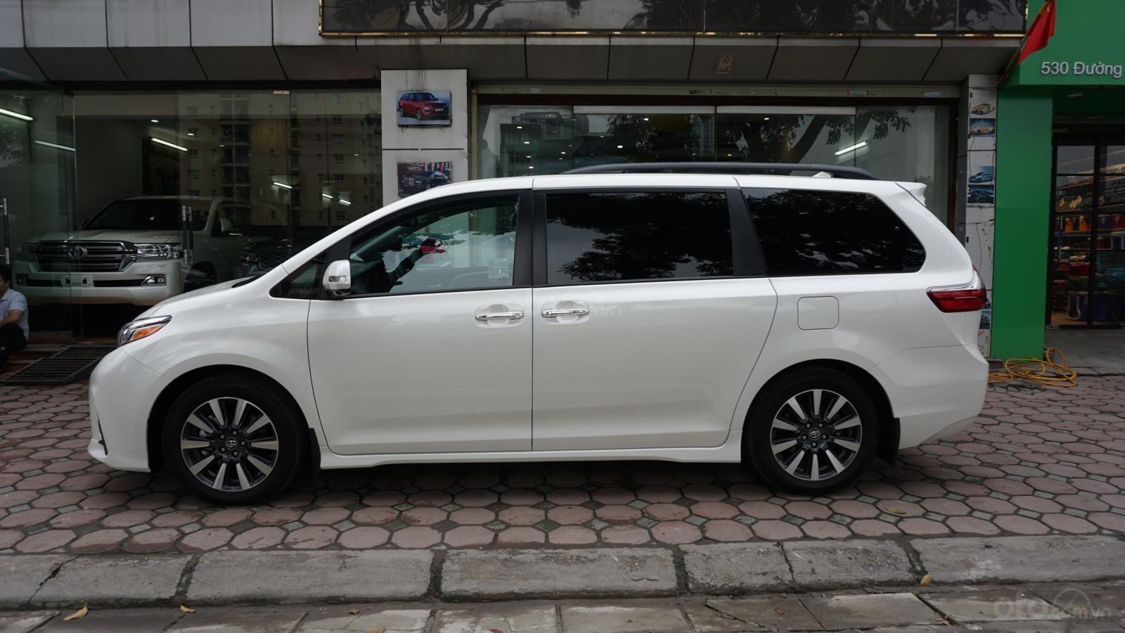 Bán Toyota Sienna Limited 1 cầu 2019, giá tốt, xe giao ngay trong ngày, LH Ms Hương 094.539.2468 (4)