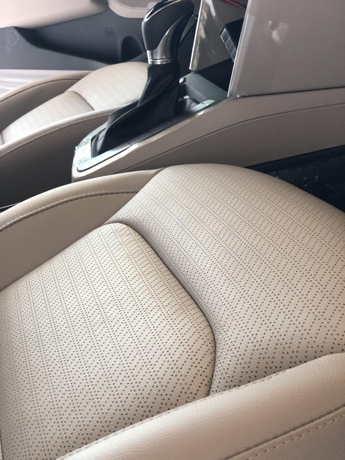 Xe Hyundai Elantra 2019, giá từ 555tr - màu trắng- giao ngay - LH: 0919293553 (12)