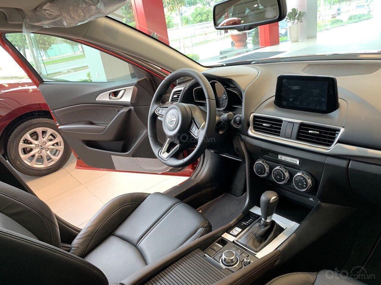 Bán Mazda 3 Luxury 1.5L đỏ pha lê lung linh - ưu đãi lên đến 70 triệu-giá tốt nhất TPHCM (3)