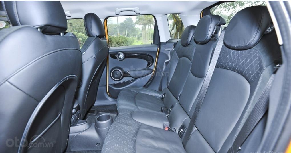 Bán Mini Cooper S 5 Door full option, màu vàng, xe nhập từ Anh (4)