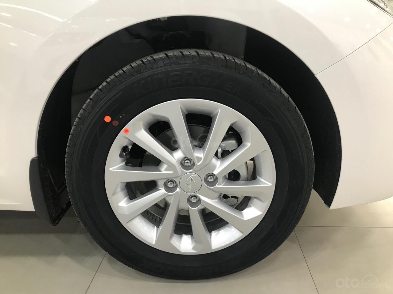 Hyundai Accent AT 2019, màu trắng, giá tốt giao xe ngay, LH: 0352330999 (5)