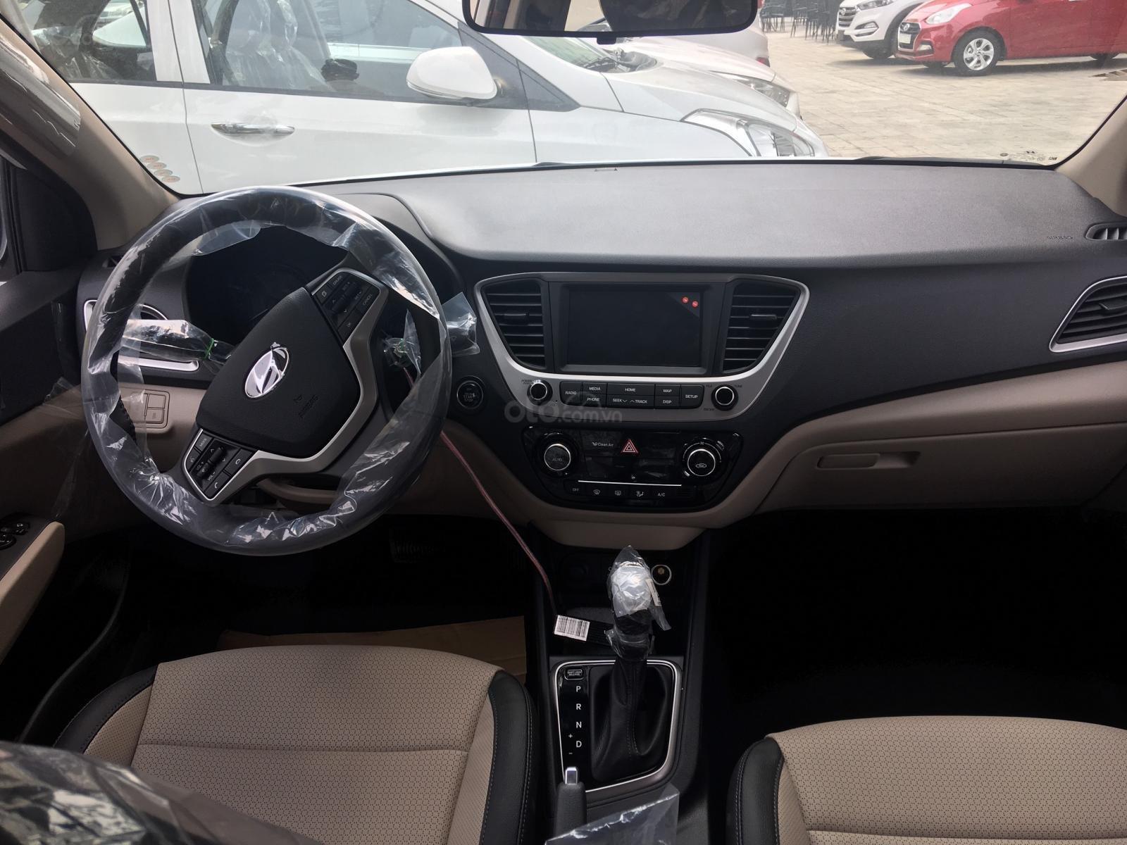 Hyundai Accent AT 2019, màu trắng, giá tốt giao xe ngay, LH: 0352330999 (3)