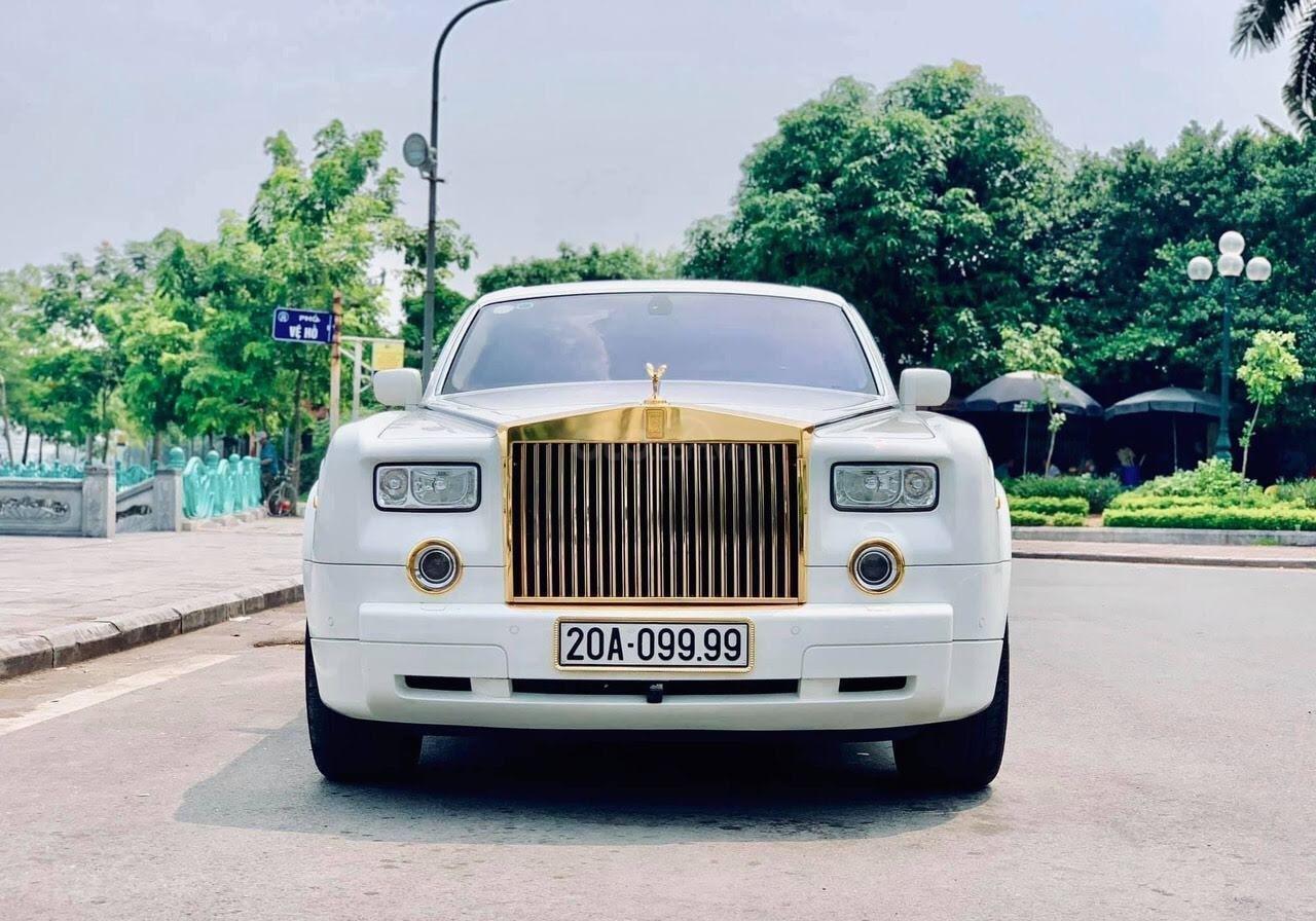 Bán Rolls-Royce Phantom Phantom năm sản xuất 2008, màu trắng, nhập khẩu nguyên chiếc (2)