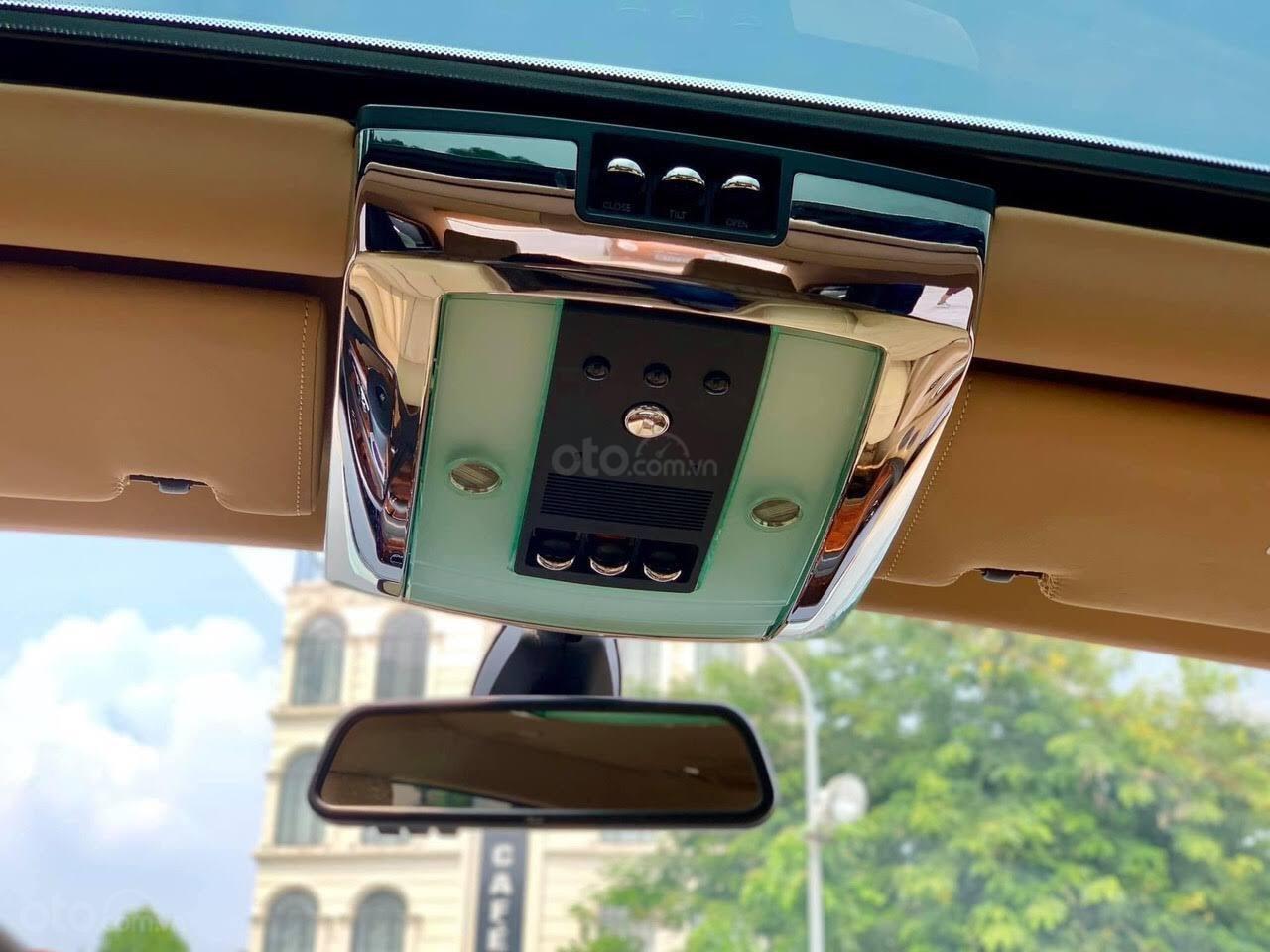 Bán Rolls-Royce Phantom Phantom năm sản xuất 2008, màu trắng, nhập khẩu nguyên chiếc (12)