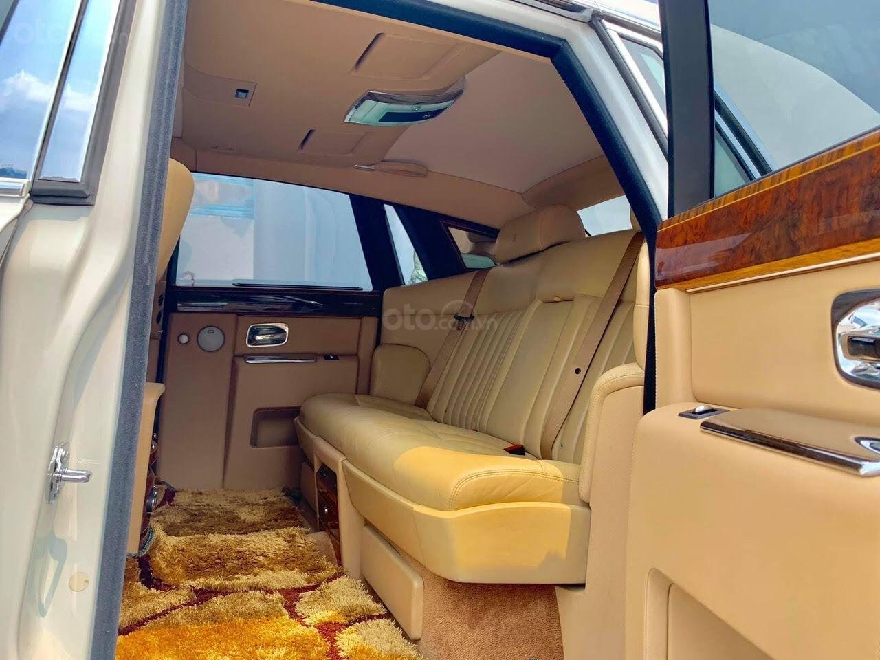 Bán Rolls-Royce Phantom Phantom năm sản xuất 2008, màu trắng, nhập khẩu nguyên chiếc (7)