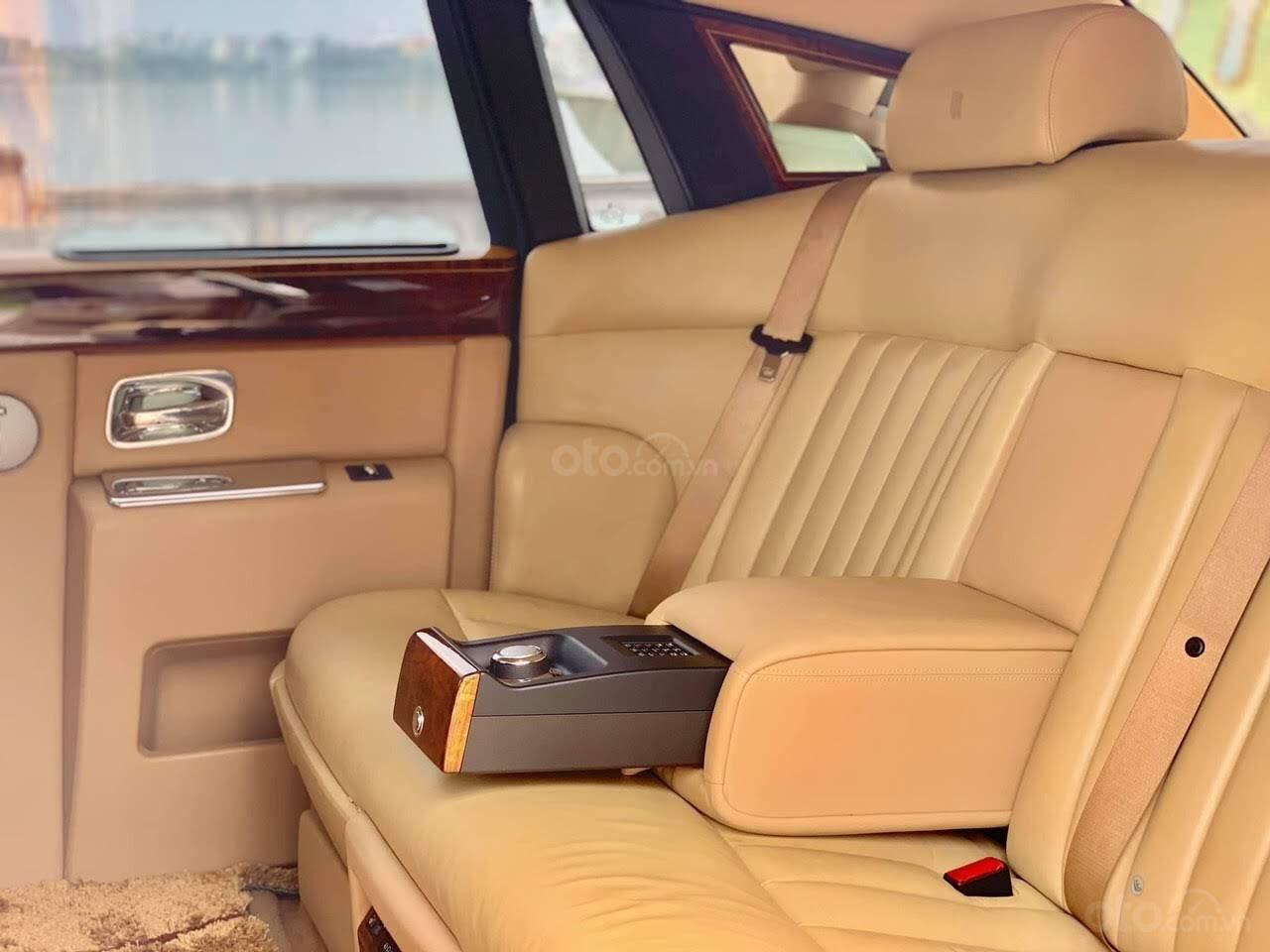 Bán Rolls-Royce Phantom Phantom năm sản xuất 2008, màu trắng, nhập khẩu nguyên chiếc (14)