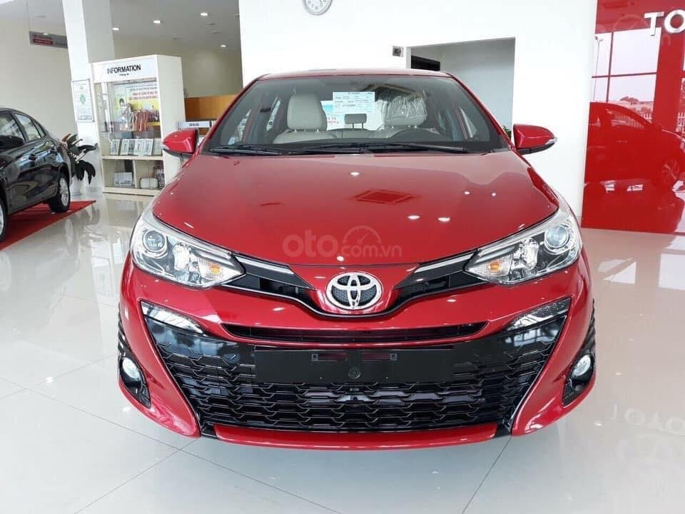 Bán Toyota Yaris 2019 nhập khẩu 100%, cam kết giá tốt, đủ màu - giao ngay, hỗ trợ trả góp 80% lãi suất ưu đãi (2)