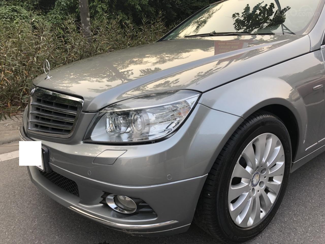 Cần bán Mercedes C200 đời 2009, màu xám, xe đẹp xuất sắc (3)