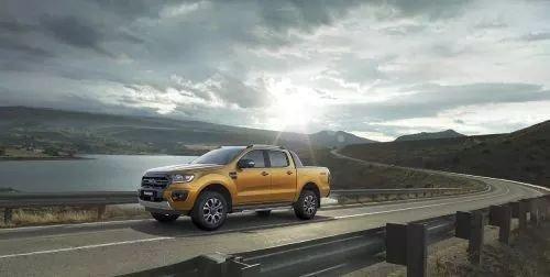Bán xe Ford Ranger Wildtrak Biturbo 2019, KM tặng tiền mặt - phụ kiện - đủ màu - giao ngay, LH: 0911819555 (3)