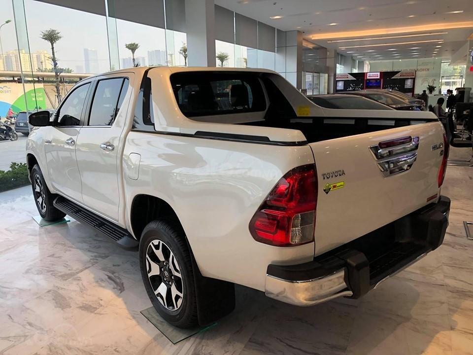 Bán Toyota Hilux 2.8G 4x4 AT 2019 nhập khẩu 100%, cam kết giá rẻ nhất, có xe giao ngay, đủ màu. LH: 097.656.0012 (3)