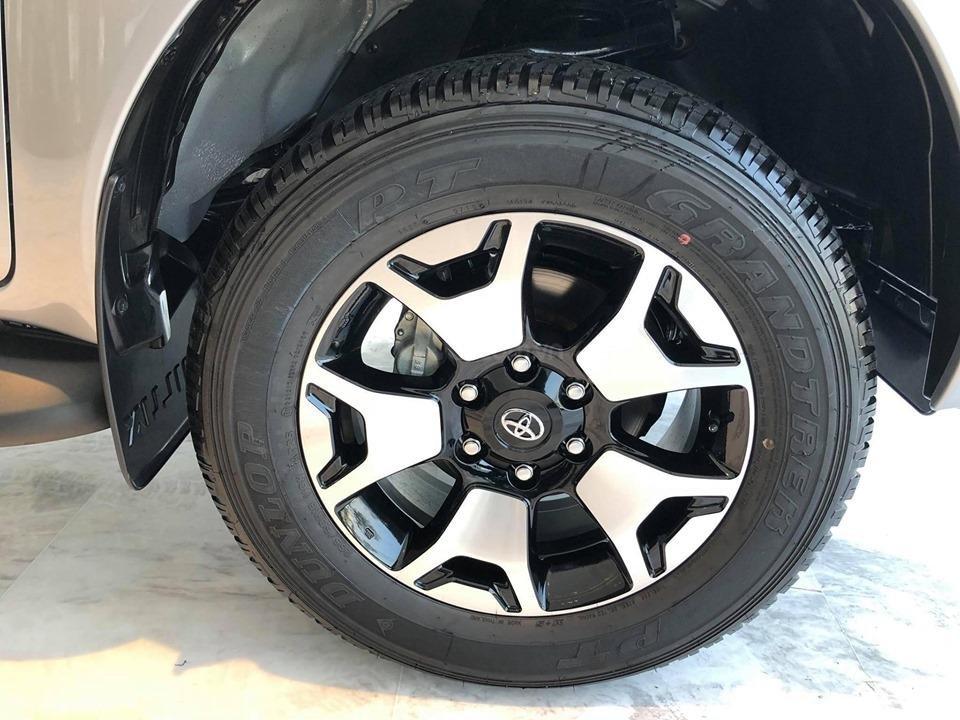 Bán Toyota Hilux 2.8G 4x4 AT 2019 nhập khẩu 100%, cam kết giá rẻ nhất, có xe giao ngay, đủ màu. LH: 097.656.0012 (5)